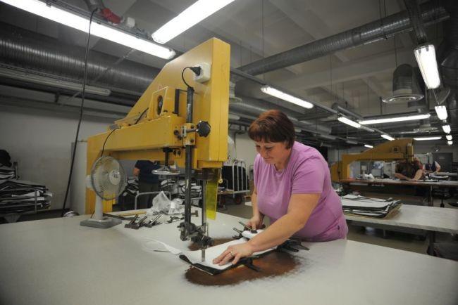 Предприятия легкой промышленности Северо-Запада перенастраивают производство
