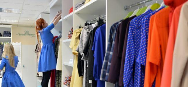 У 13 продавцов одеждой и обувью в Тюменской области конфисковали товар