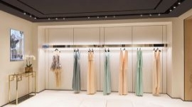 Эксперты объявили новый тренд на российском рынке одежды