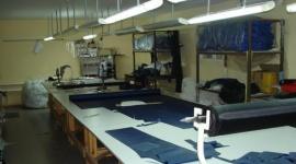 В Клинцах закрывается швейная фабрика: уволят 130 человек