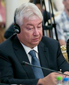 «Новая нефтехимия» Роберта Мусина отдаст «Адонис» и «Спартак» единому управляющему