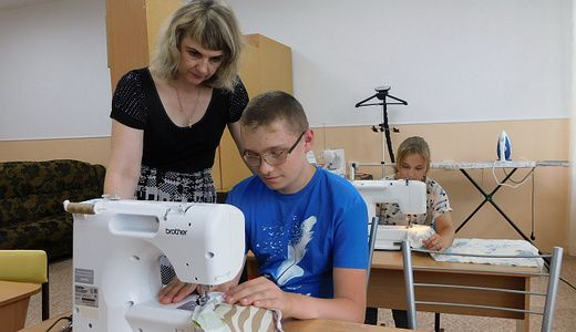 Обучение швейным навыкам организуют в реабилитационном центре