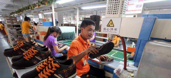 Китайские обувщики научатся маркировать товары по-российски