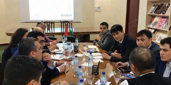 Узбекистан внедрит турецкие технологии в текстильной промышленности