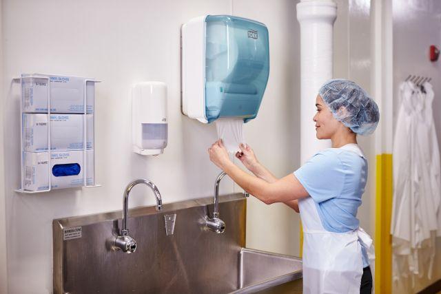 82% операторов пищевой индустрии сталкиваются с задержками производства из-за несоблюдения правил гигиены