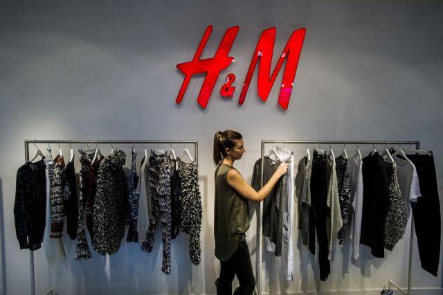 H&M ежегодно сжигает тонны новой одежды из-за вредных веществ в составе продукции