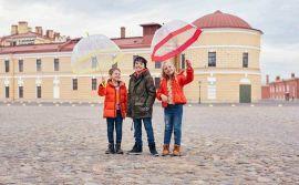 Крупнейший российский ритейлер начал продавать детскую одежду в Индии