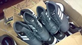 В Приамурье Роспотребнадзор изъял токсичную мужскую обувь из Китая